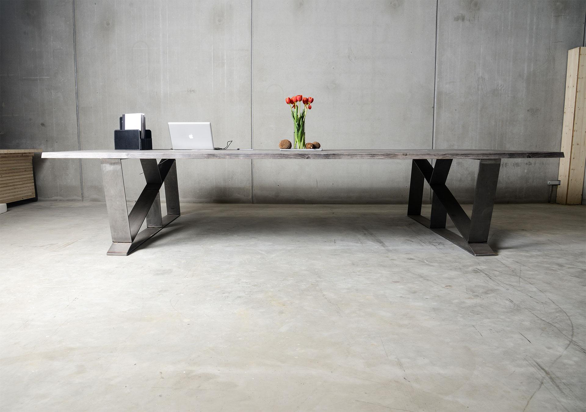 b rotische aus massivem holz versandkostenfrei online. Black Bedroom Furniture Sets. Home Design Ideas