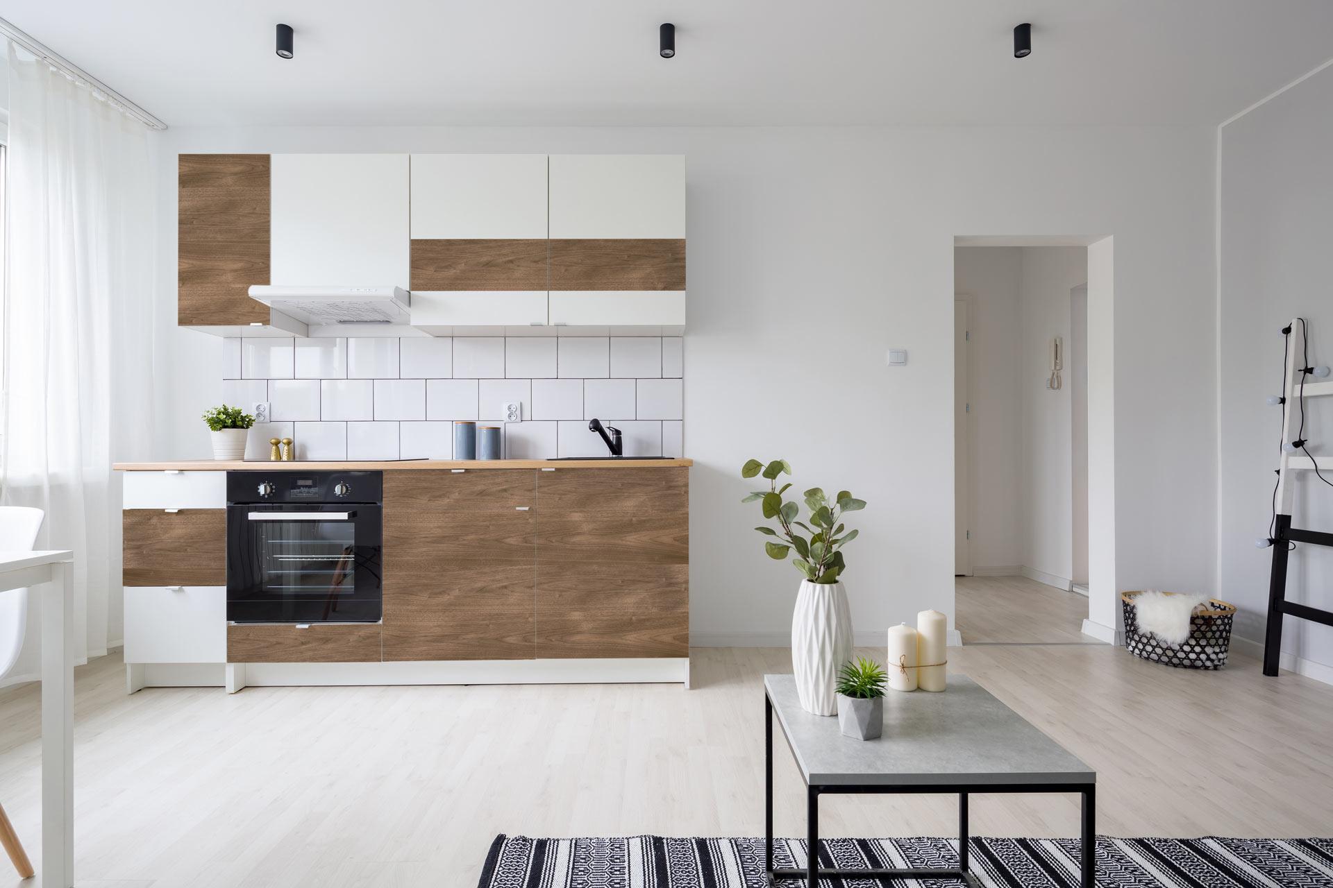 Holzfurnier auf Küchenfront Kleben