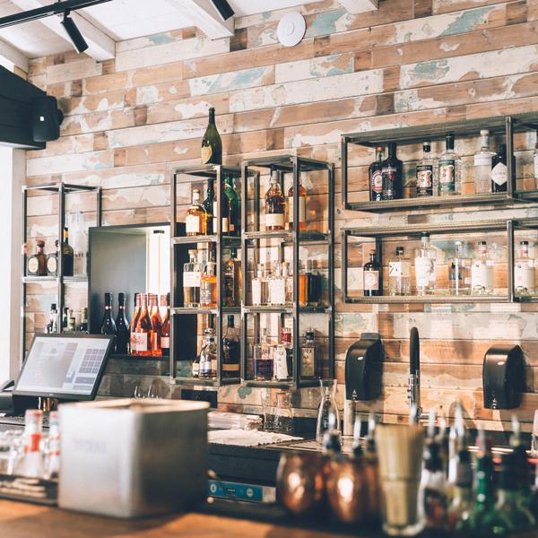 Bar mit Strandbarfeeling